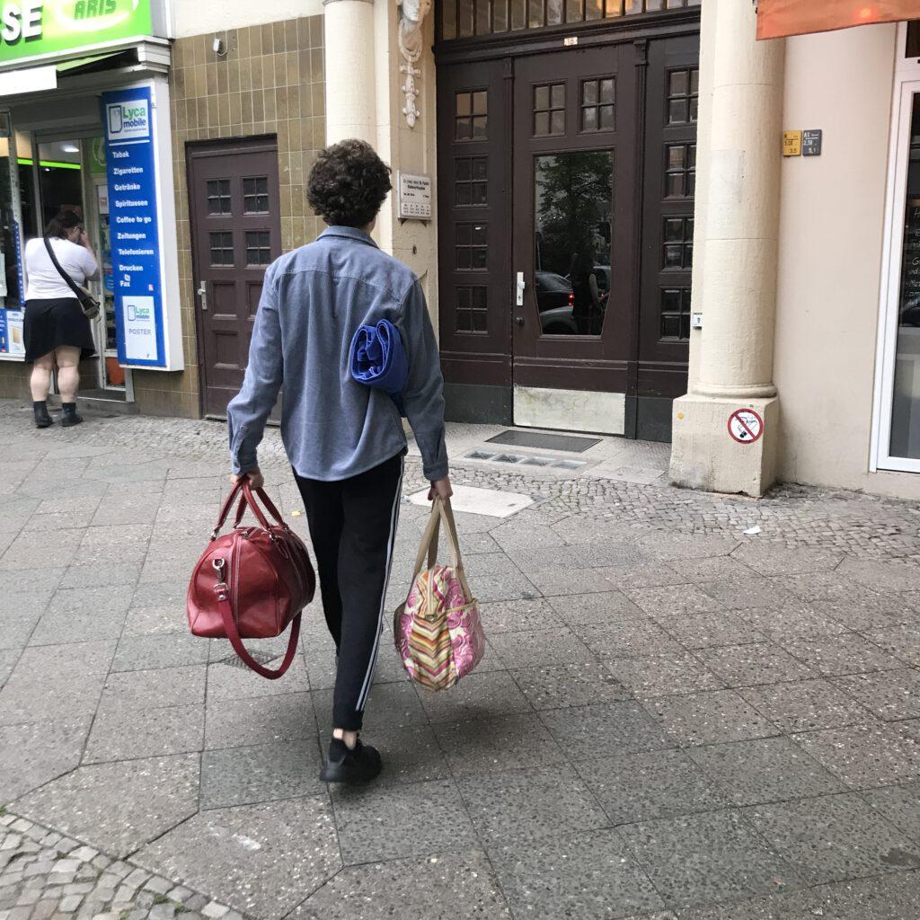 #12von12 Hilfe beim Auspacken