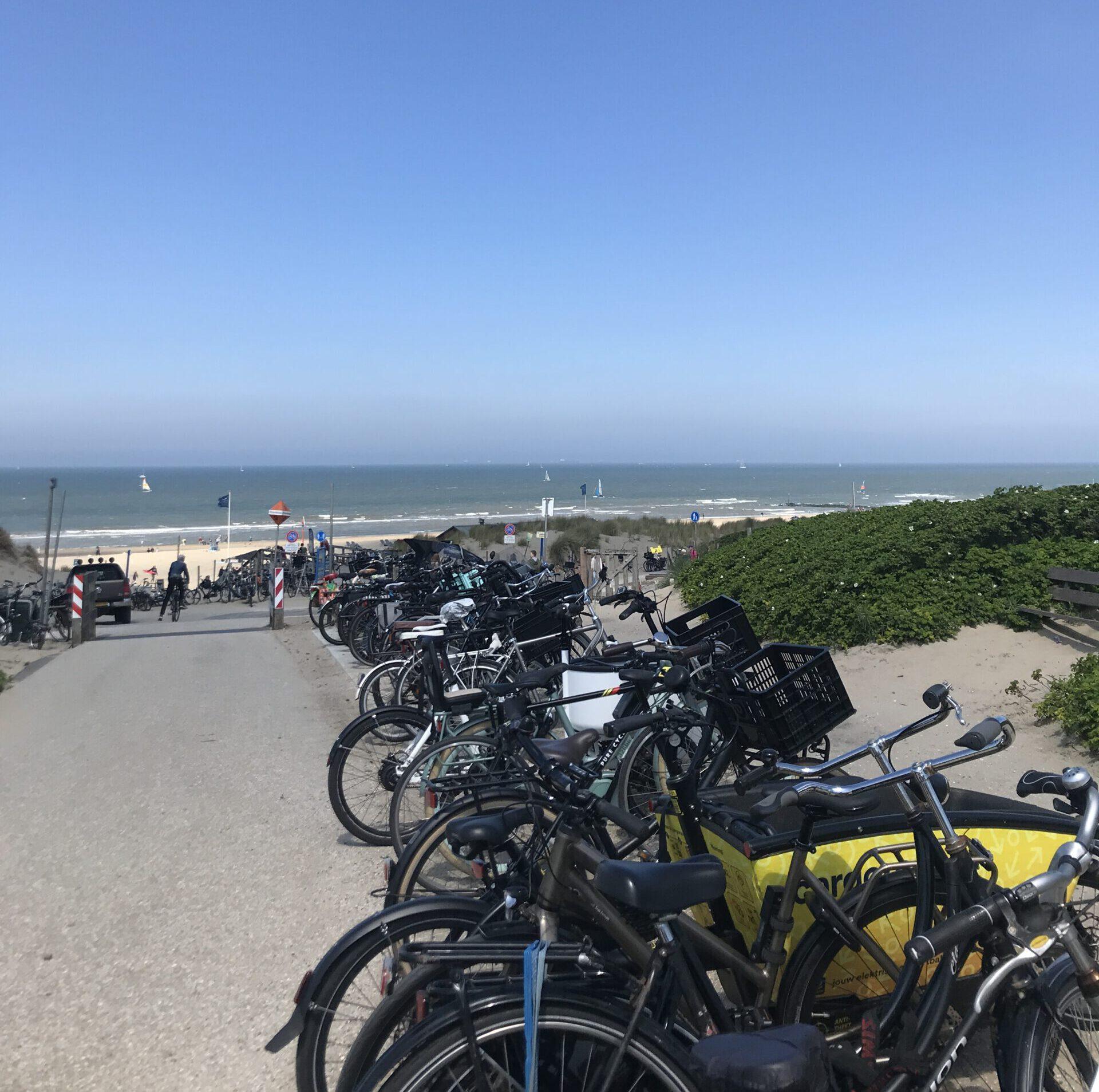 Räder am Strand